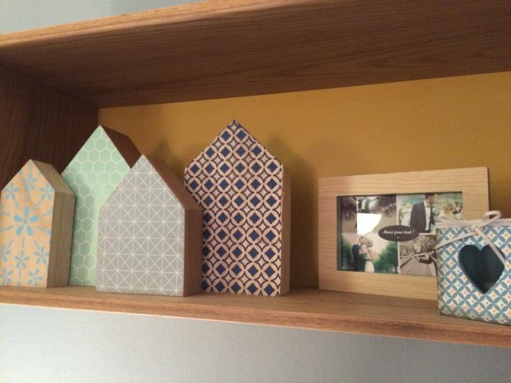 Petits maisons Xenos, cadre et bougeoir Primark