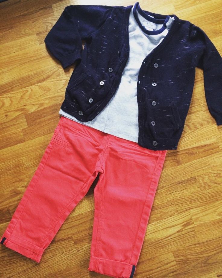 Pantalon et gilet TAO, t-shirt La Redoute